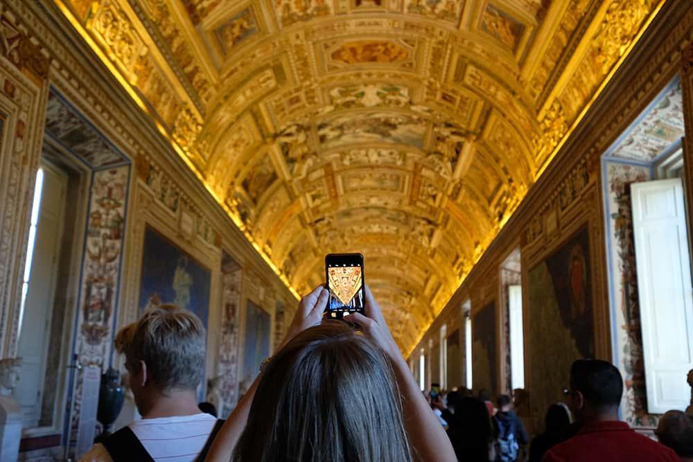 Turistas-Museos-Vaticanos