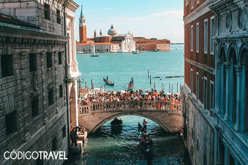 Venecia-Puente-de-los-suspiros
