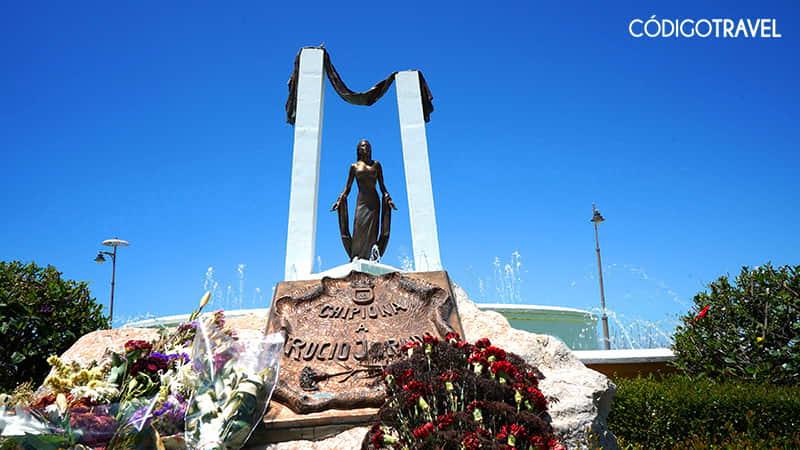 estatua rocio jurado chipiona
