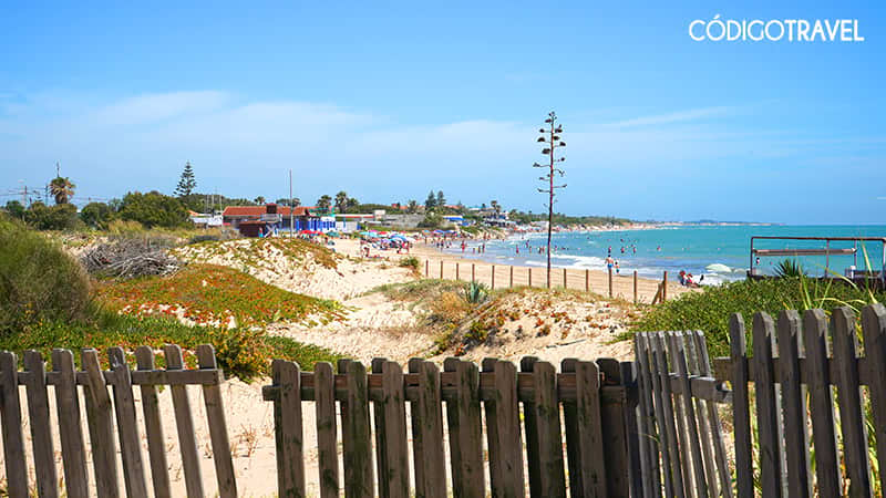 playa 3 piedras chipiona